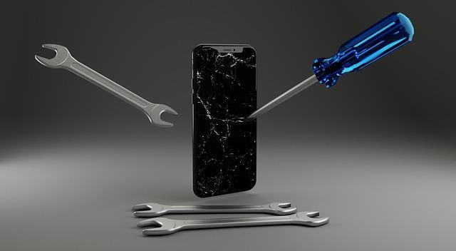 Взломать айфон стоит 100 долларов